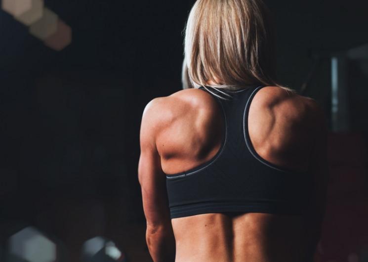 Як прокачати спину вдома: Кращі вправи д…