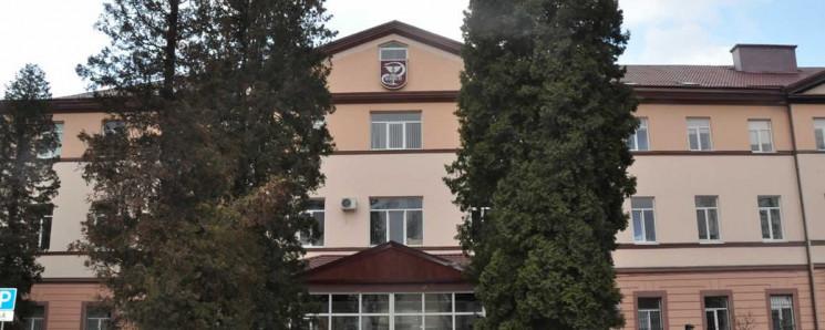 Франківська ЦМКЛ відновлює госпіталізаці…