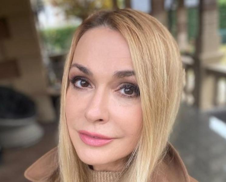 Ольга Сумська прокоментувала справу фото…