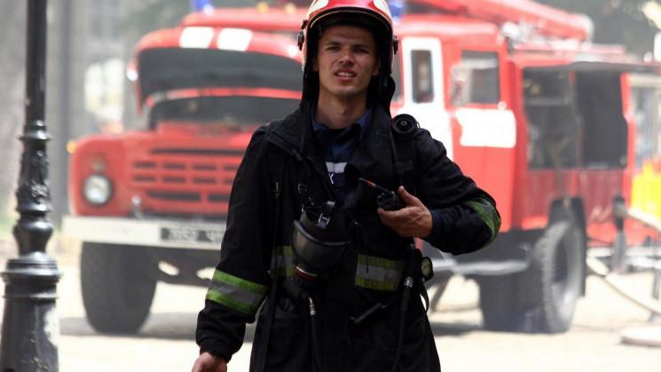 У Львові під час пожежі чоловік отримав…