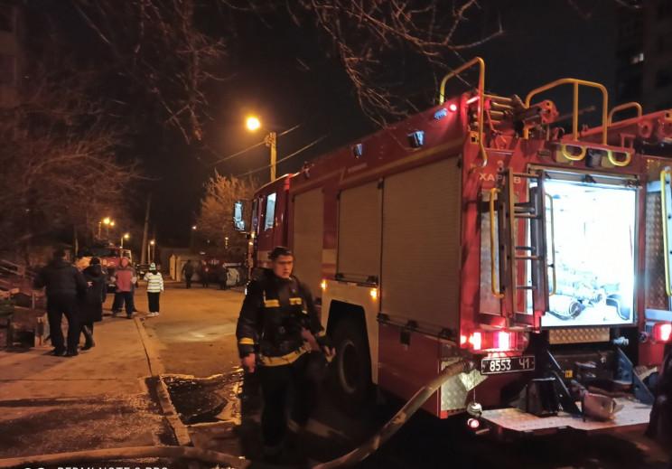 У Харкові під час пожежі у дев'ятиповерх…