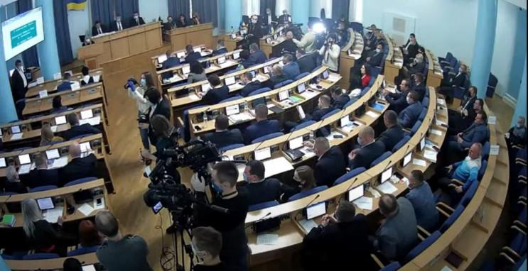 """У Вінниці триває позачергова  """"бюджетна""""…"""