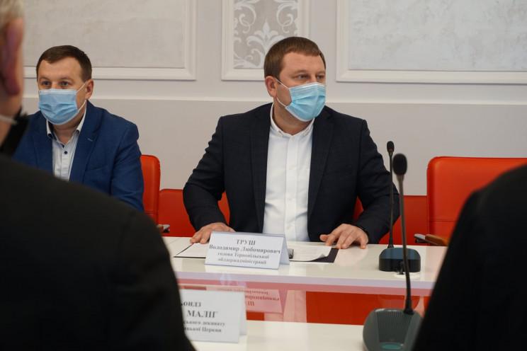 Глава Тернопольщины во второй раз заболе…