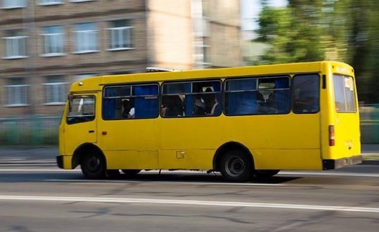 У Кам'янському два автобуси зіткнулися н…