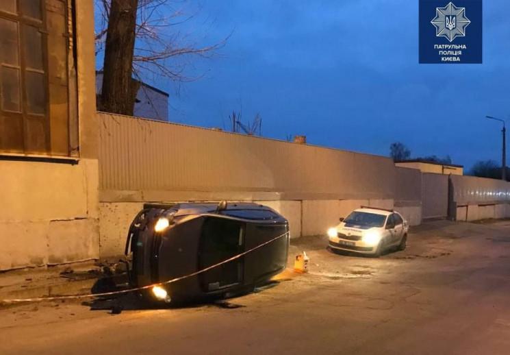 У Києві сталась ДТП з водієм під наркоти…
