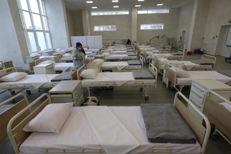 Ліжкова мережа у ковідних лікарнях запов…