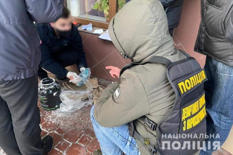 Наркотиків на півмільйона гривень вилучи…