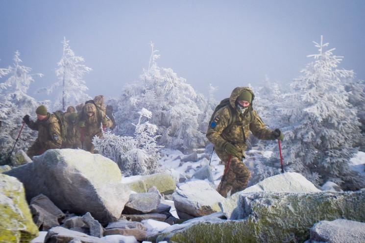 """Військові альпіністи: Що за """"Курс гірськ…"""