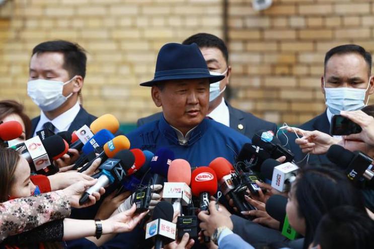 Прем'єр Монголії подав у відставку після…