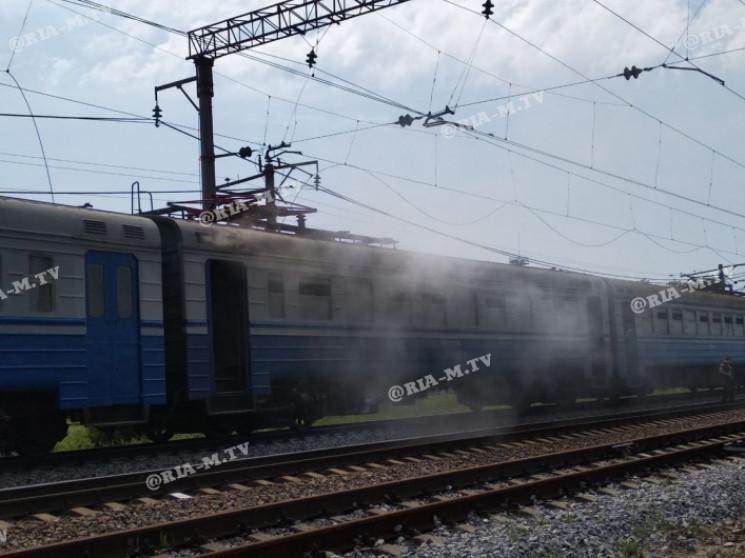 На Запоріжжі спалахнув приміський поїзд,…