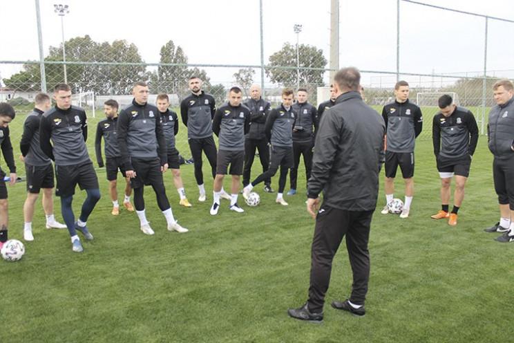 Донецкий футбольный клуб поздравил Украи…