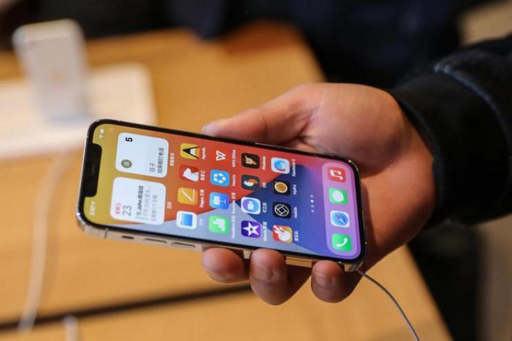 iPhone 12 може бути небезпечним для здор…