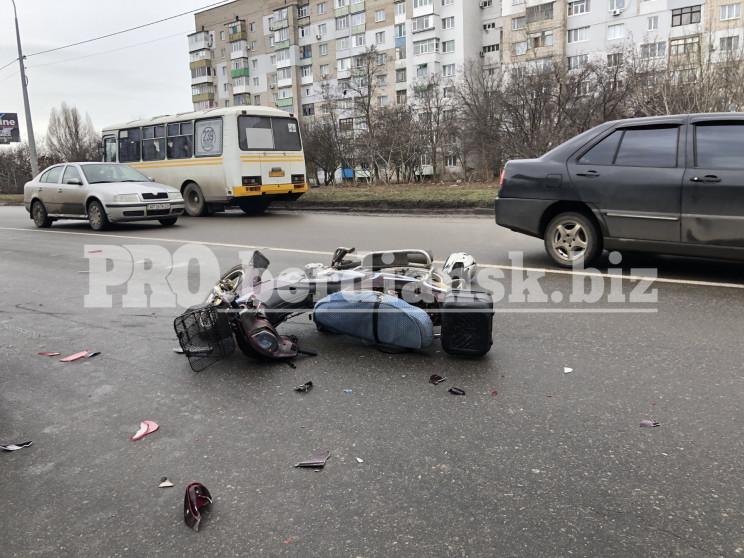 У середмісті Бердянська сталася ДТП, пос…