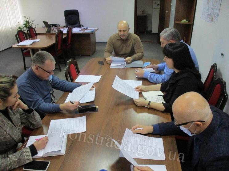 В Донецкой области мэра и секретаря горс…