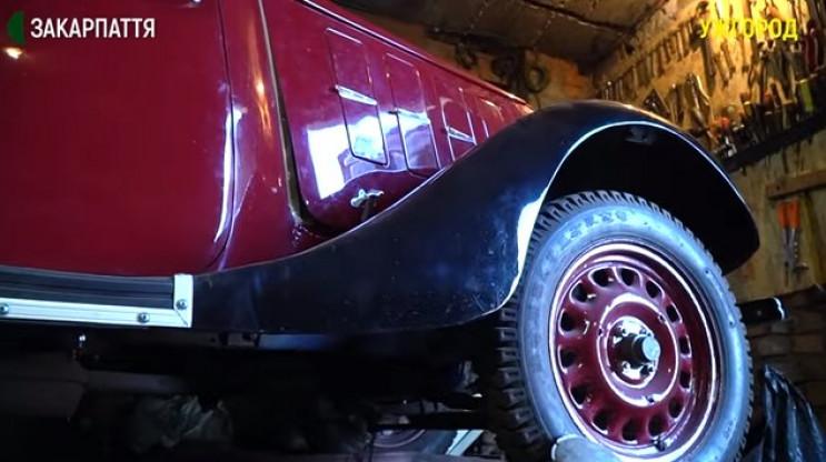 Ужгородець відреставрував авто 1932-го р…