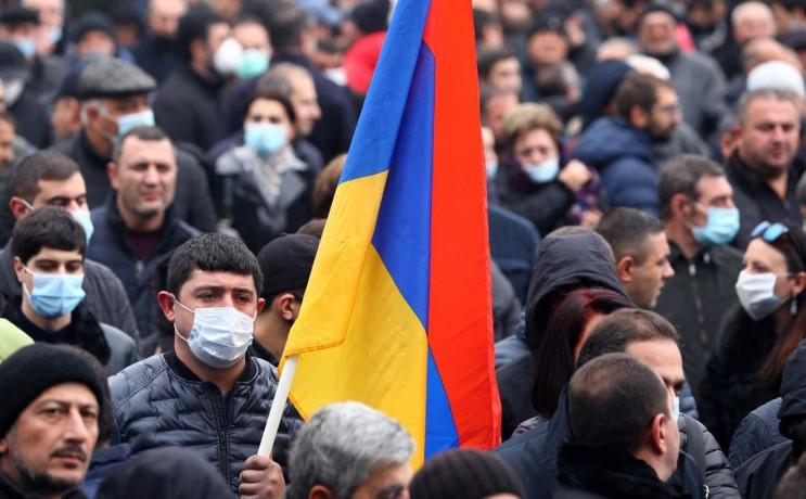 У столиці Вірменії противники Пашиняна п…
