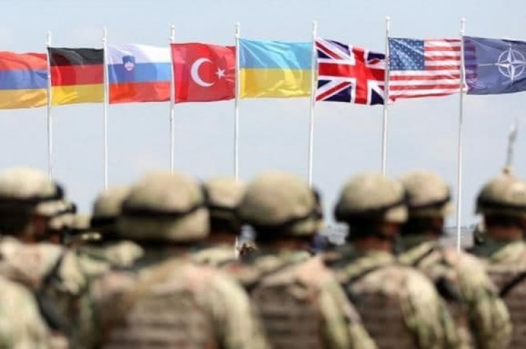 Не НАТО єдиним: Які міжнародні військові…