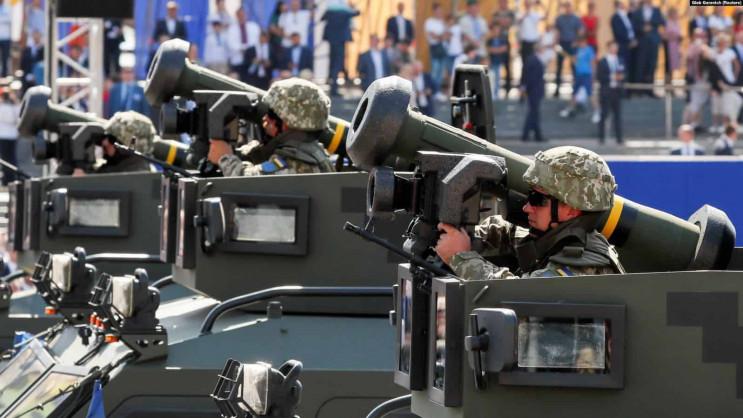 """От касок до """"Джавелинов"""": Как США помога…"""