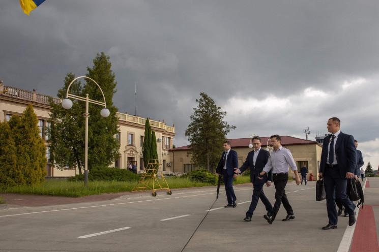 """Зеленський вирушив на шахту """"Лісова""""…"""
