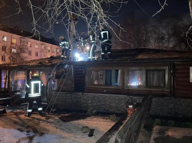 У Києві загорівся заклад громадського ха…