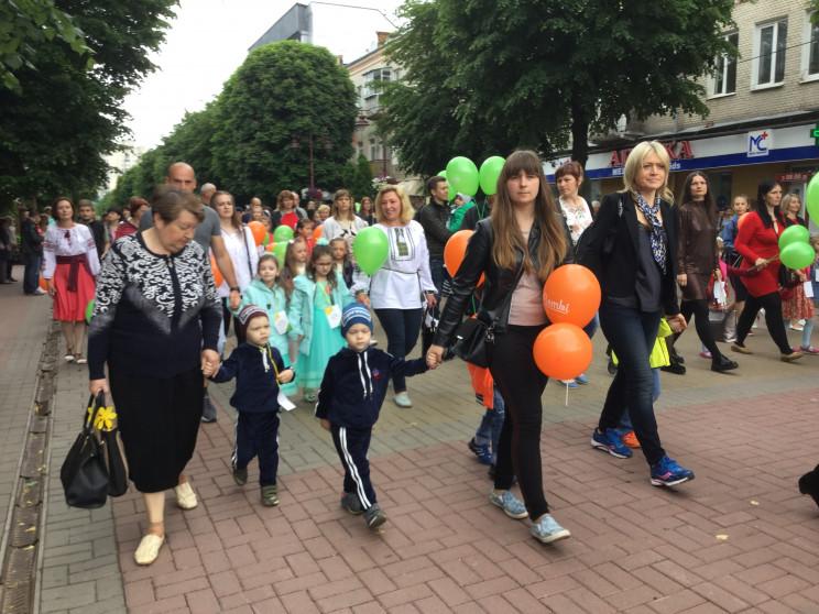 У Хмельницькому на парад зібралися майже…