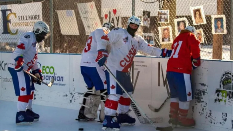 У Канаді відбувся найтриваліший хокейний…