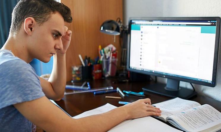 На Харківщині лише 20% учнів повністю за…