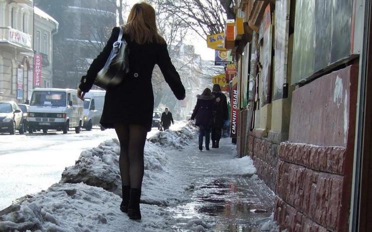 Зі Львова днями і ночами вивозять сніг…