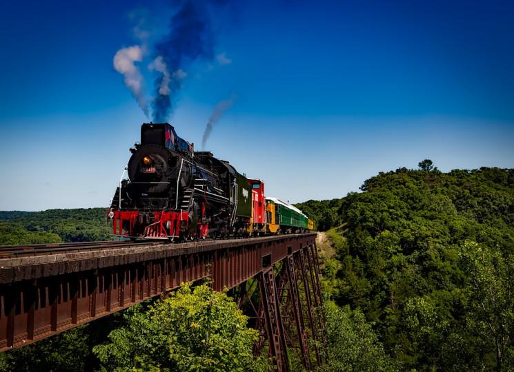 Зеленський хоче, щоб українці залізницею…