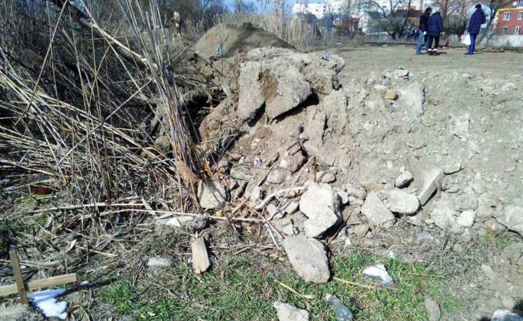 У Херсоні забудовники руйнують неформаль…