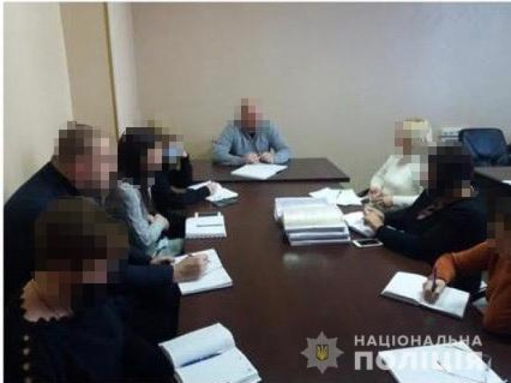 На Закарпатті поліція покарала держслужб…