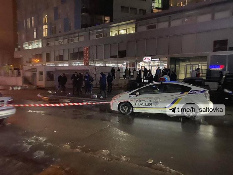 У Харкові біля маркету застрелили чолові…