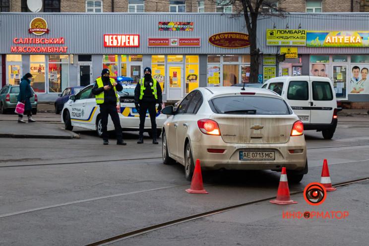 У Дніпрі автівка  збила водія маршрутки…
