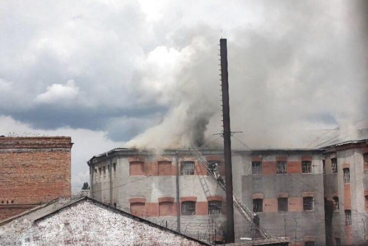 У Вінницькій тюрмі прокурори продовжують…