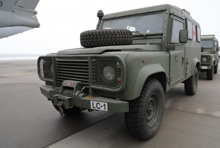 ЗСУ отримали бронеавтомобілі від Латвії…