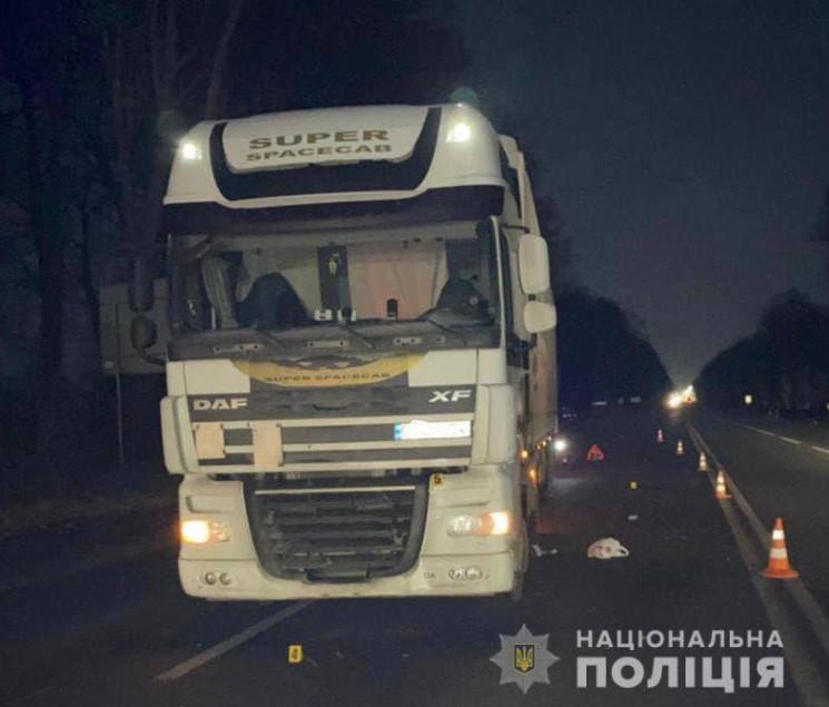 Біля Вінниці водій вантажівки з Рівненщи…