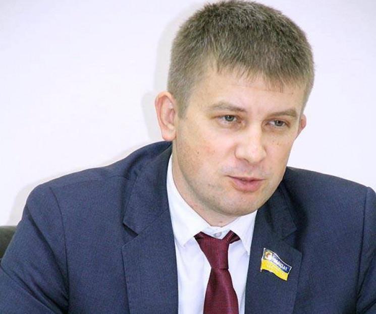 У Запоріжжі невідомі побили депутата обл…