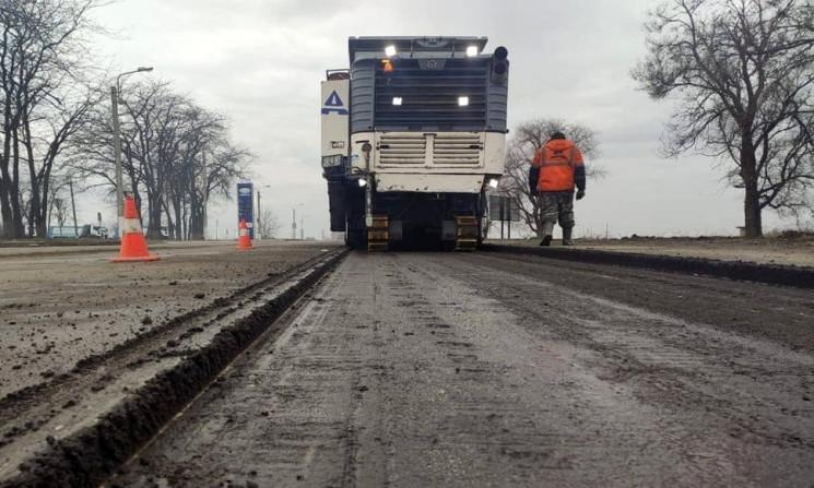 Весеннее дорожное строительство в Запоро…