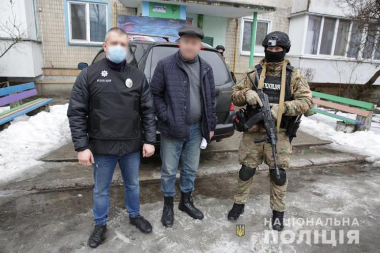 Працював фотографом у дитсадках: На Київ…