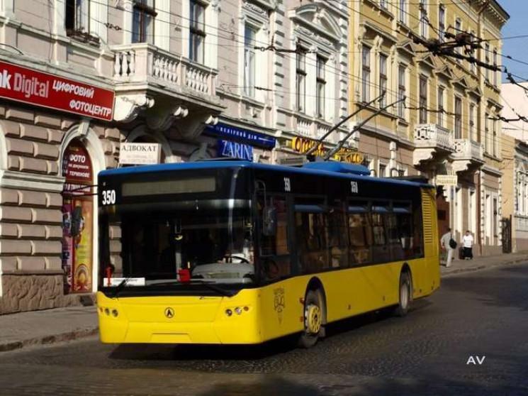 У Чернівцях запускають новий тролейбусни…
