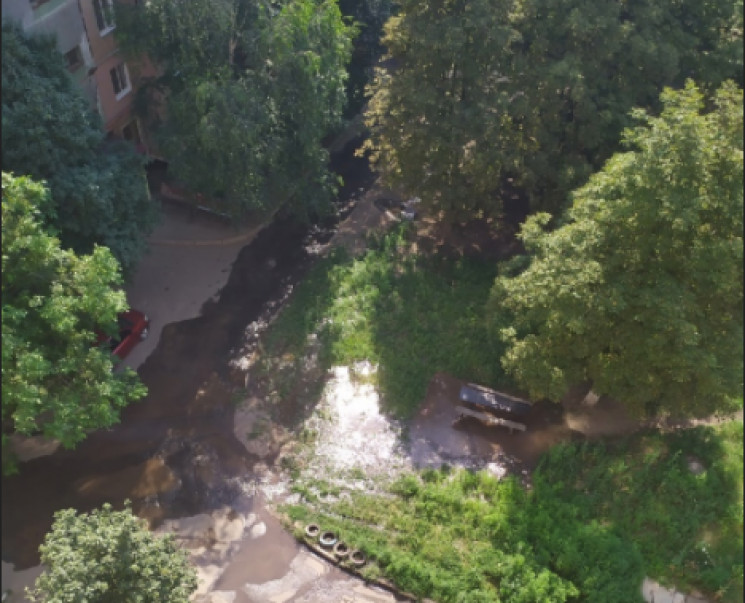 В окупованій Макіївці - катастрофа з вод…