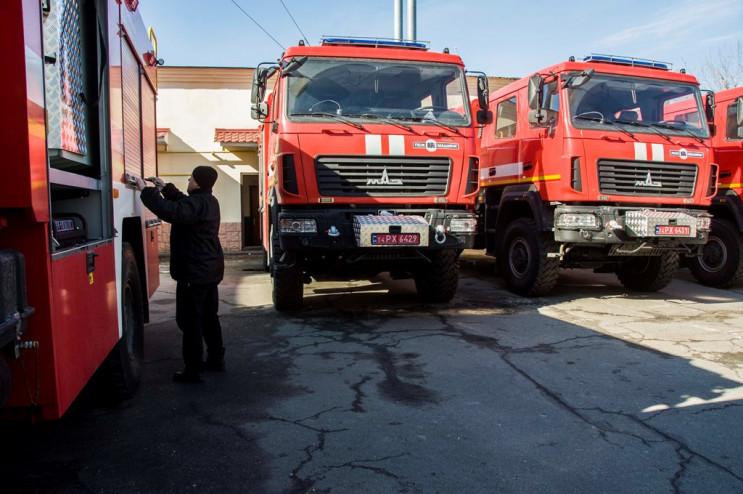 """Нові автівки і аероглісер """"Торнадо"""": Рят…"""