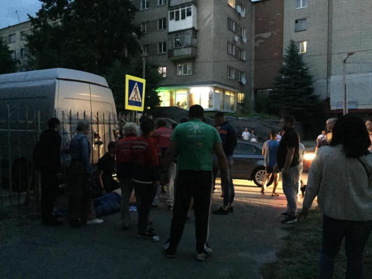 Во Львове посреди улицы умер мужчина…