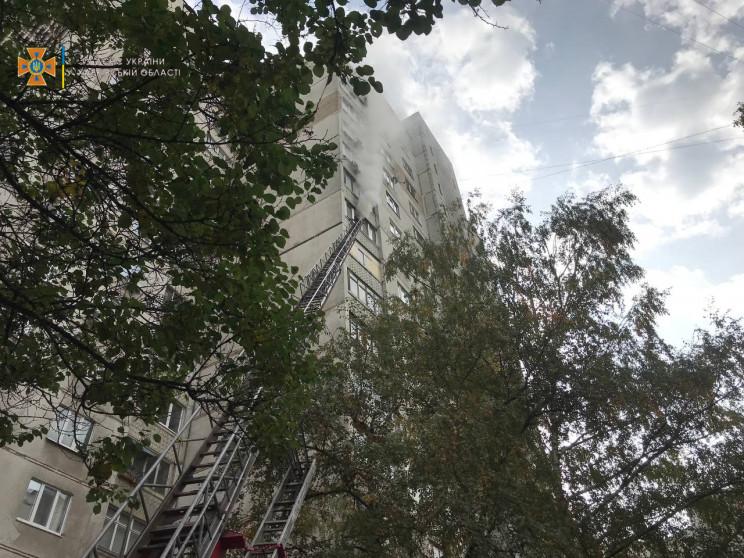 В Харькове эвакуировали жителей 16-этажк…