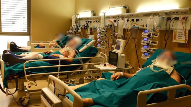 В больницах Херсона заняты около 90% мес…