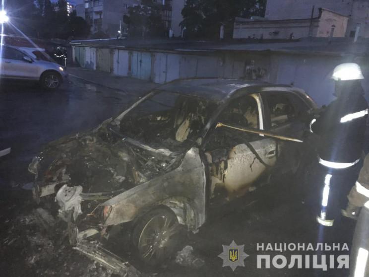 На Харківщині за ніч вогонь знищив три а…
