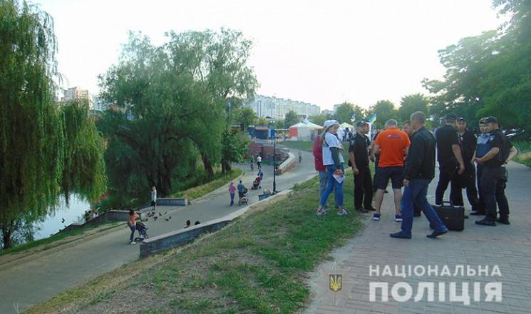 У Києві затримали хулігана, який напав н…