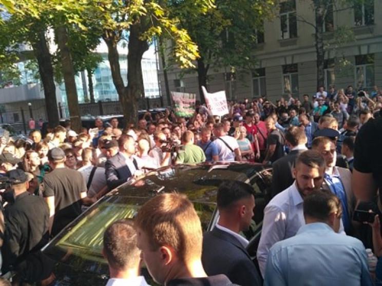 Зеленського заблокували в Харкові…