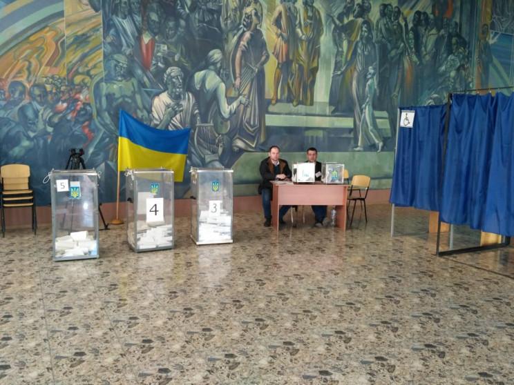 На Дніпропетровщині вибори почалися з по…