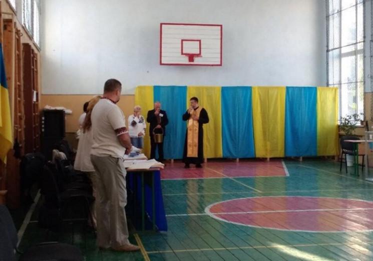 На Львовщине члены УИК перед выборами мо…